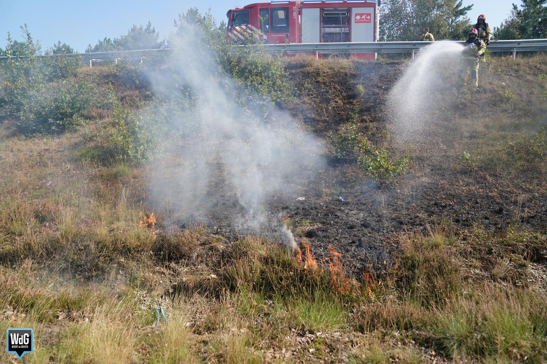 Bermbrand bij A2-afrit Budel