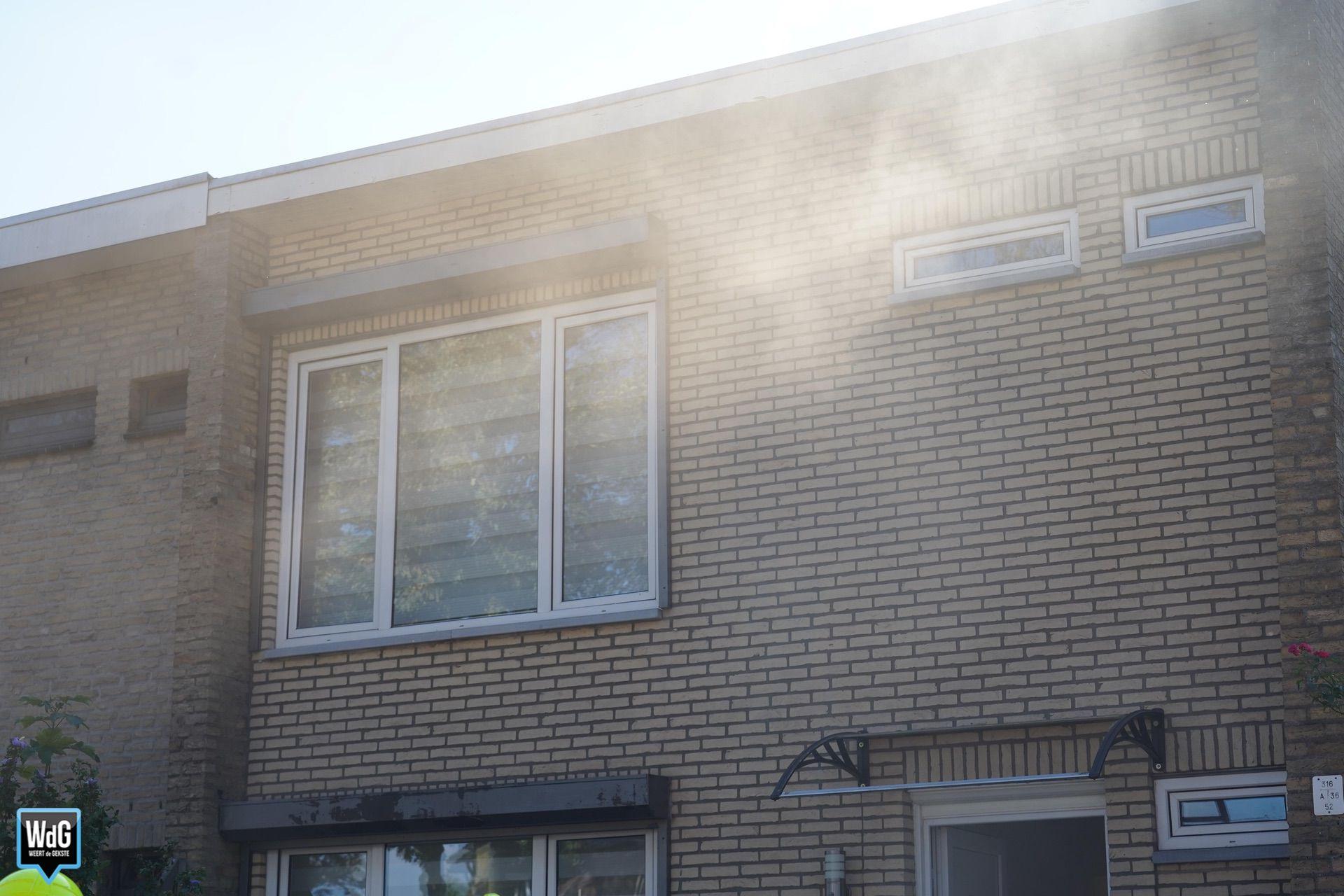 Brand in plafond van woning in Herenstraat